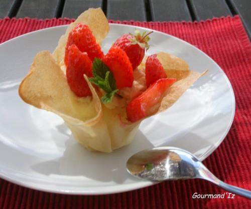 fraises,crème mousseline,yuzu