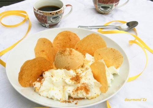 crémeux fromage blanc, glace carame, mousse pétillante, fou de pâtisserie