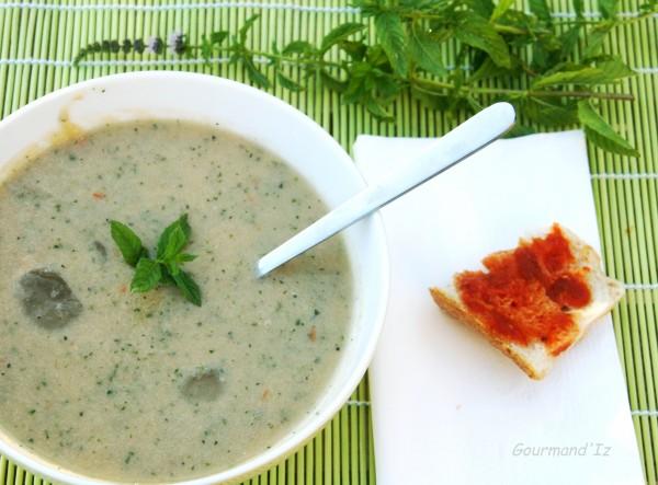 gaspacho,gaspacho de courgettes,menthe,soupe froide