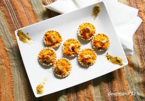 tartelette curry-cajou, purée de cajou, carottes, raisins secs