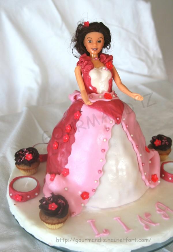 gâteau princesse,pâte à sucre,cake design