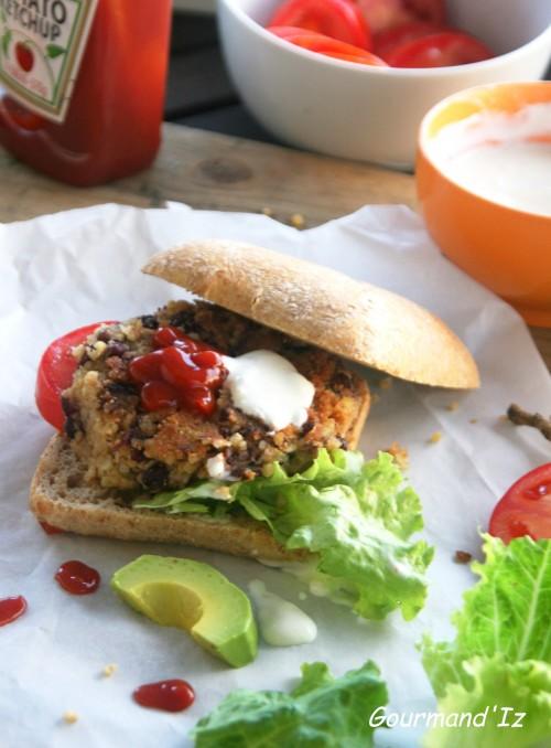 burger végétarien, haricots rouges, boulghour