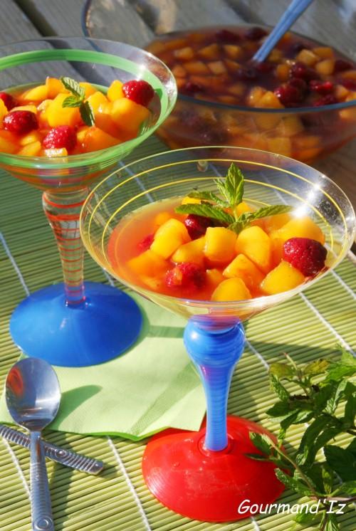 soupe de pêches, salade de fruits