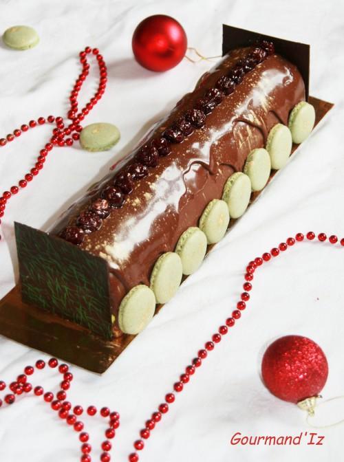 bûche chocolat-pistaches, griottes